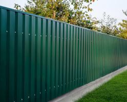 tabla cutata verde gard roofart